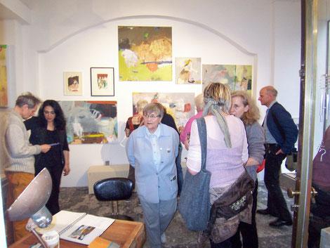 Peter Goehlen, Firouzeh Görgen-Ossouli, Rita Daubländer (von hinten) Gabriele Goehlen und Martin Eyssen, Galerie SEHR 2014