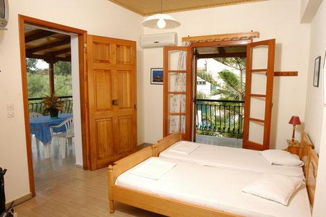 Villa Xenos - Studios & Apartments , Kalamaki , Zakynthos Island , Greece.