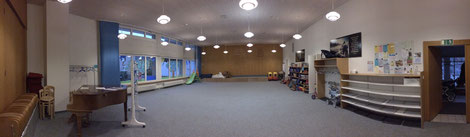 Unser Saal kann vielseitig genutzt werden, als Spielplatz, Festsaal oder Seminare...