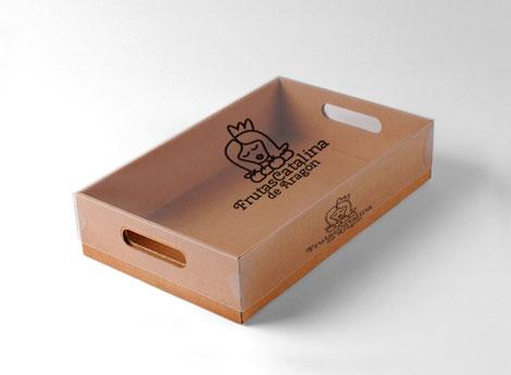 Simulación logotipo sobre una caja.