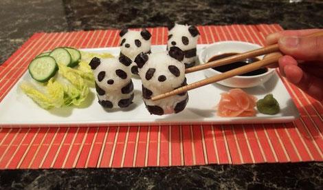 Bolitas de arroz de osos panda