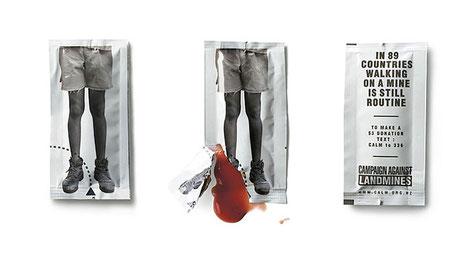 Bolsitas de ketchup para una campaña de solidaridad. Estremece mucho, que es lo que pretende su publi.