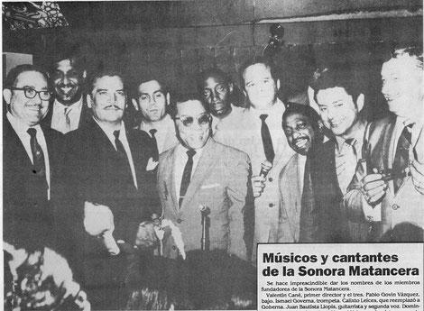 """""""El Jefe"""", en compañía de varios artistas latinos, entre ellos La Sonora Matancera, Miguelito Valdés, Tito Puente y Xavier Cugat.  Cortesia Jaime Jaramillo Suárez."""