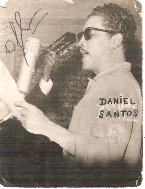 1959, Daniel Santos en Cali, en los estudios de Discos Victoria, tal vez de los pocos testimonios gráficos de esas grabaciones en Cali