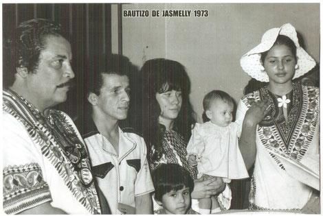 1973, Daniel Santos, Armandito y al extremo derecho la esposa colombiana de Daniel Santos, Luz Dary Padredrín.  Foto Carlos Molina.