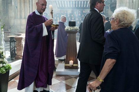 Prominente und öffentliche Trauerfeier im Wiener Stephansdom