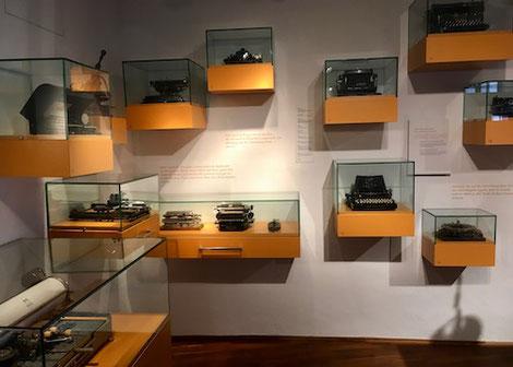 Ausgestellte Schreibmaschinen