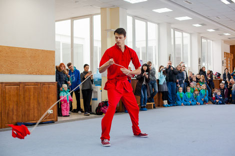 Еще один вид экзотического оружия - шэнбяо, в исполнении Черненко Никиты