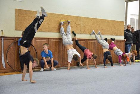 Тест на физическую подготовку. Принимает Василий Васильевич Гедз