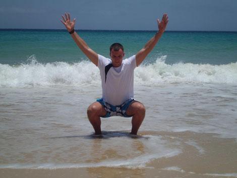 Auch im Urlaub bleibt Tom immer fit!