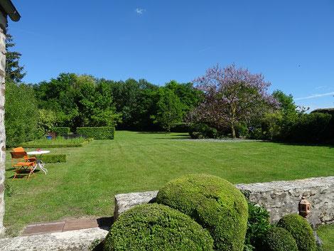 Gîte et chambres d'hôtes avec jardin senlis parc asterix paris chantilly crepy en valois pierrefonds compiegne