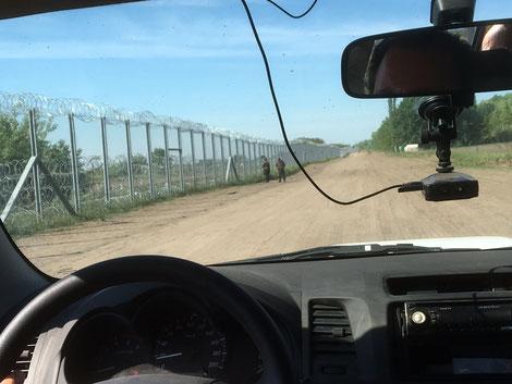 Privater Besuch der ungarisch-serbischen Grenze. April 2016