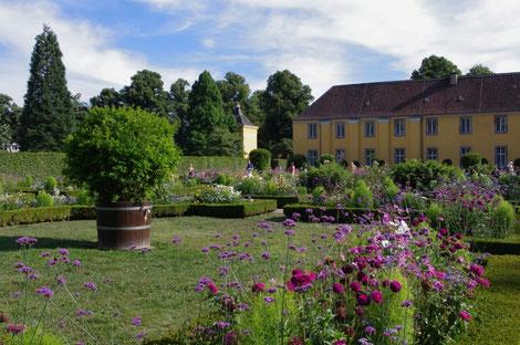 An der Orangerie Schloss Benrath