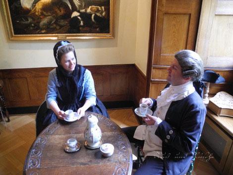 Kaffee Geschirr 18. jahrhundert Quiltjacke barock