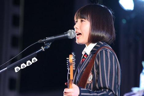 MADOKA:ボーカル、ギター
