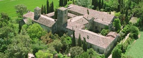 Монастырь Сан Бенет, бенедиктинский монастырь, экскурсия в монастырь, необычные экскурсии из Барселоны, каталонский монастырь