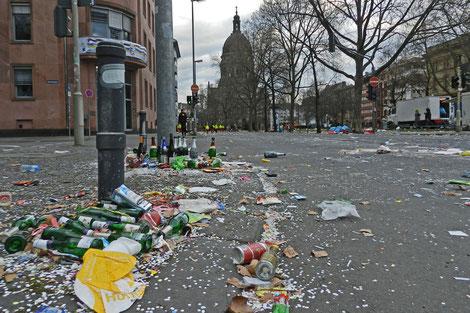 карнавал Майнц мусор