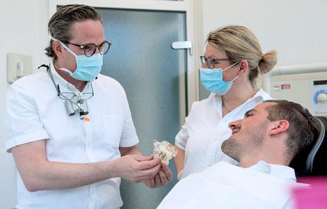 Implantate und Chirurgie | Zahnarztpraxis Dr. Ahlers Stuttgart