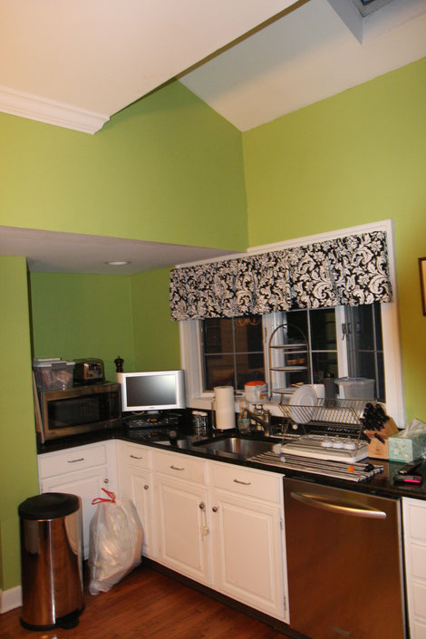 Existing kitchen before renovation.