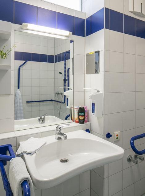 Barrierefreies Badezimmer WC