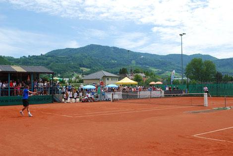 Wird's auch 2013 wieder geben: Erstklassiges Tennis vor traumhafter Kulisse in Kirchdorf