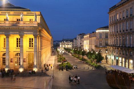 Kultur in Bordeaux, Weinverkostung, französische Weine, Gruppenreise, Frankreichreise, französische Küche