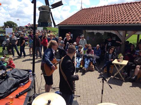 Met de Medemens op Summerbreek 2016 (door de ogen van drummer Jan Roel)
