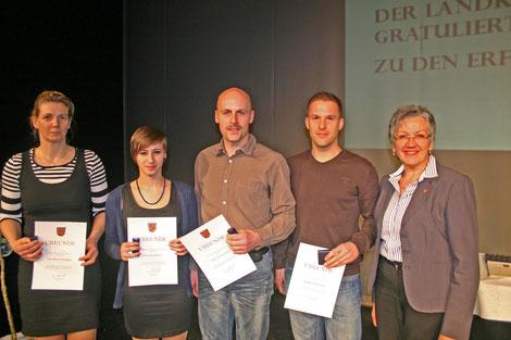 Simone Riediger, unbekannte Schönheit, Bernie Kreil, Oliver Ruf und Edeltraud Plattner (stv. Landrätin)