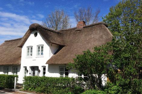 Die Friesenstube liegt im südlichen Teil des Hauses