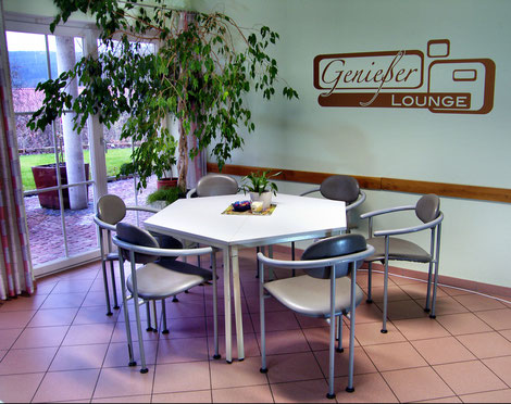 gemütlicher Frühstücks- und Seminarraum für Gruppen bis zu 12 Personen