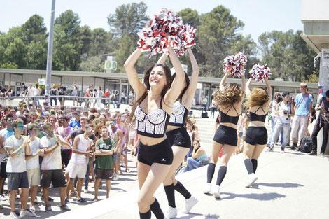 Actuación Cheerleaders UAB