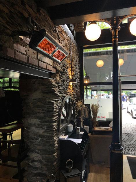 Wärmeschleuse im Eingang von Restaurant