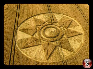 Crop circles West Kennett - Wiltshire 2016