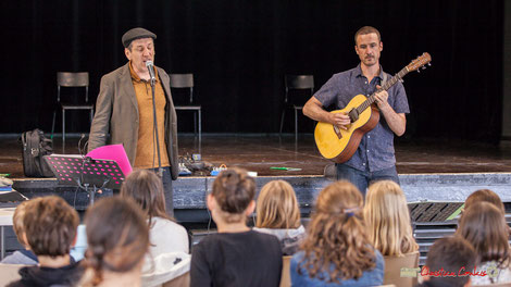 """Cadijo et Ludovic Aristégui animent un concert pédagogique sur """"Le blues en histoires et chansons"""". Festival JAZZ360 2018, Cénac. 05/06/2018. Photographe : Christian Coulais"""