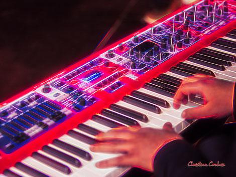 Piano, Tony Kebbeh; Aurora Quartet. Salle culturelle de Cénac. Jeudi 22 avril 2021. Photographie © Christian Coulais