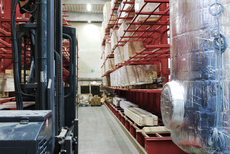 Bucher Treppen - moderne Treppenherstellung - mit eigener Schlosserei / Metallbauabteilung und Maschinenpark