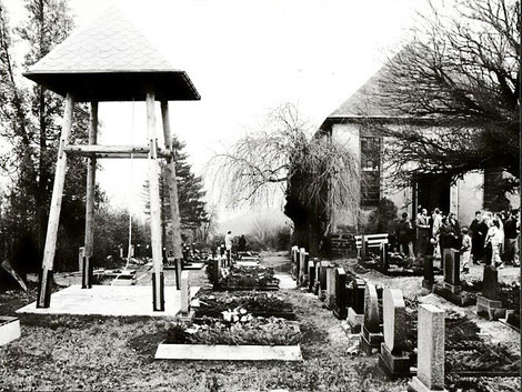 Bild: Friedhof Wünschendorf Erzgebirge 1988