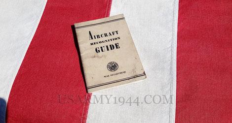 Esempio di pubblicazione per il riconoscimento degli aerei, 1943