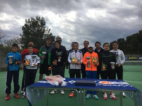 Entrega trofeos y premios torneo Volk