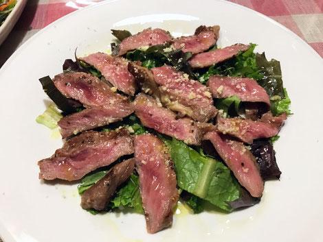 牛肉のタリアータ シンプルだが美味しい! 上質なお肉が口の中でとろけた