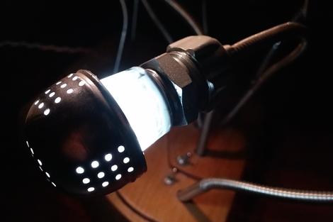Lampe Lichtkunst Upcycling Teeei Buche Epoxitkleber