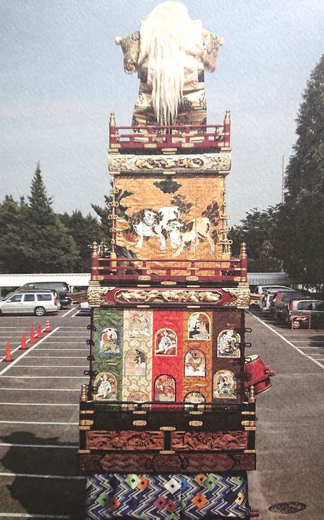 最上段の背後には、文殊菩薩の浄土にいる獅子の姿