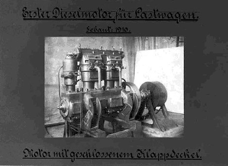 Vierzylinder-LKW-Dieselversuchsmotor Baujahr 1910; Gewicht ca. 480 kg, Leistungsgewicht = 16 kg/PS, ein für die damalige Zeit guter Wert.
