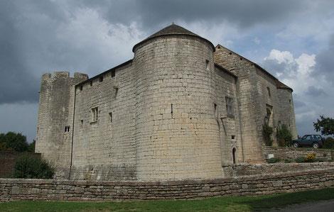 Château de Mont-Saint-Jean