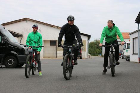 e-MTB Profis und Testfahrer für Mountainbikes