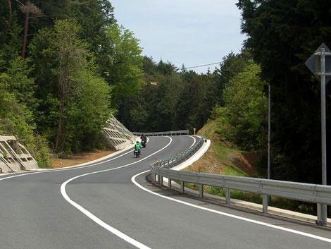 帰りは路面のきれいな県道68を使ってR41へ