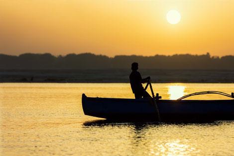 Sonnenaufgang am Ganges, Varanasi