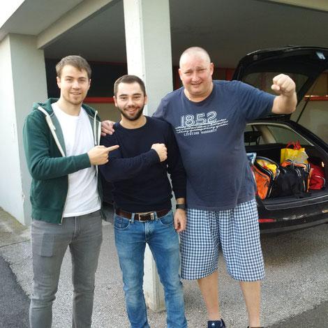 Wochenende doch noch positv abgeschlossen! Martin Kinslechner, Michael Kufmüller und Tomas Janci freuen sich über den 6:2-Erfolg in Oberpullendorf.