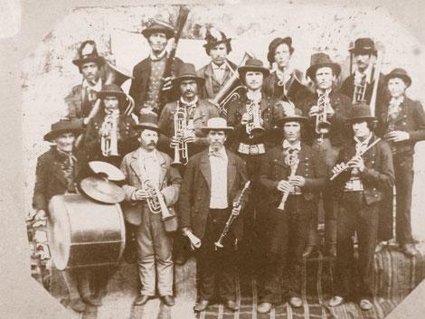 "Ältestes Foto der ""Musikbanda"" aus dem Jahre 1866"