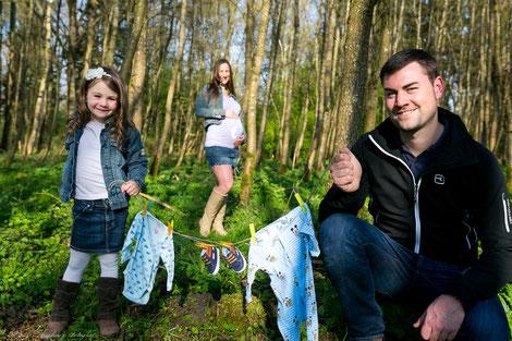 Babybauch Fotos im Wald